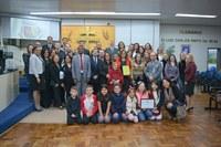 Escola Cacique Neeguiru completa 90 anos