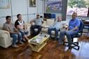 Representantes do Clube do Laço Terra do Carijo estiveram no Legislativo Municipal