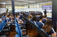 Visita de alunos do Colégio Estadual Três Mártires